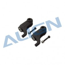 470L Main Rotor Holder Plastic